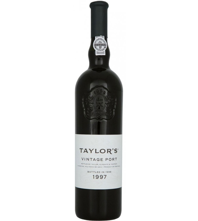 TaylorsVintagePort1997Magnum-32
